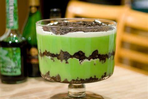 Kitchen Tea Cake Ideas by St Patrick S Day Lazy Grasshopper Dessert Vintage Mixer