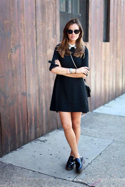Valentino Glamlock Medium Black Calf In Black Ghw valentino glam lock medium leather shoulder bag net a porter