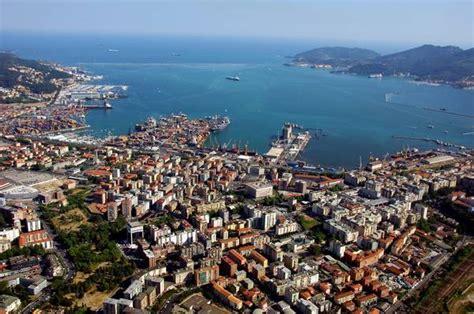 porto della spezia porti la spezia al via progetto per sdoganamento in mare