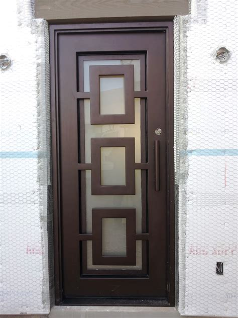 Single Exterior Door Traditional And Classic Front Entry Glass Doors Plastpro Fiberglass Classic Collection 42 X 80