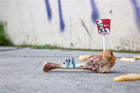 small things little people street photography by slinkachu artstormer