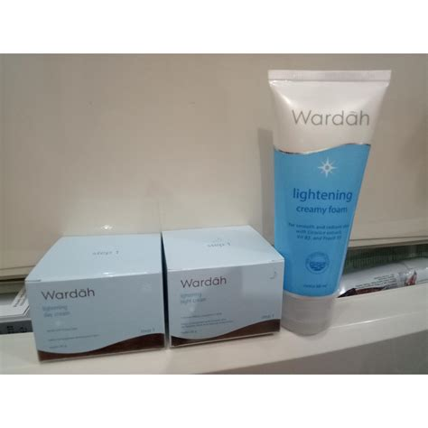 Harga Wardah Lightening Acne Series wardah paket hemat wardah lightening series step 1