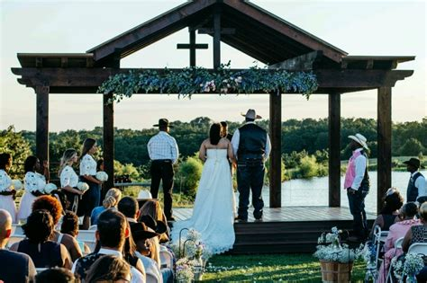 Wedding Venues Tulsa by Tulsa Wedding Venues Adorning Your Outside Structure