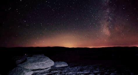 dazzling natural phenomena   planet earth