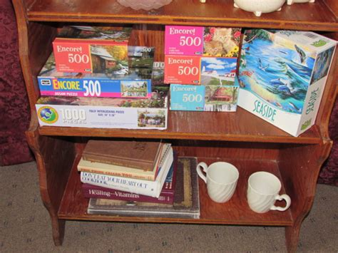 bookshelf knick knacks 28 images bookshelf report