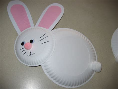 Paper Plate Easter Crafts - lucky me paper plate easter bunnies