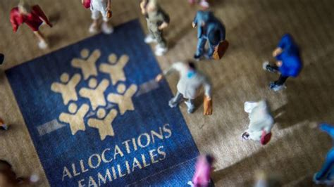 cotisation d allocation familiale taux r 233 duit au 1er