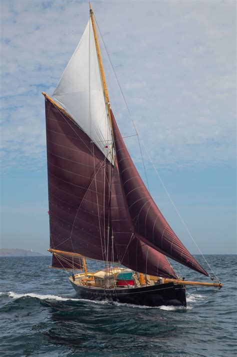 butler co traditional wooden boat builders cornwall - Sailing Boat Bonaventure