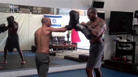 video tutorial krav maga roy elghanayan training wwe hollywood action start shad