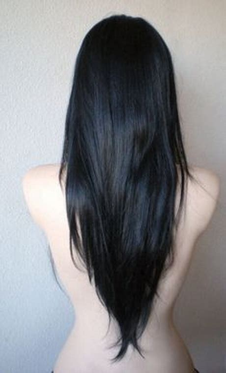 hair that comes to a point in the back v shaped haircut long hair