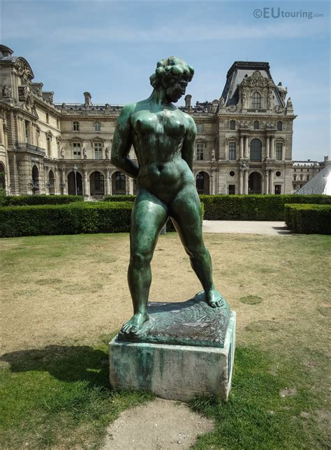 statues de jardin anciennes photos of l enchainee statue in tuileries gardens page 369