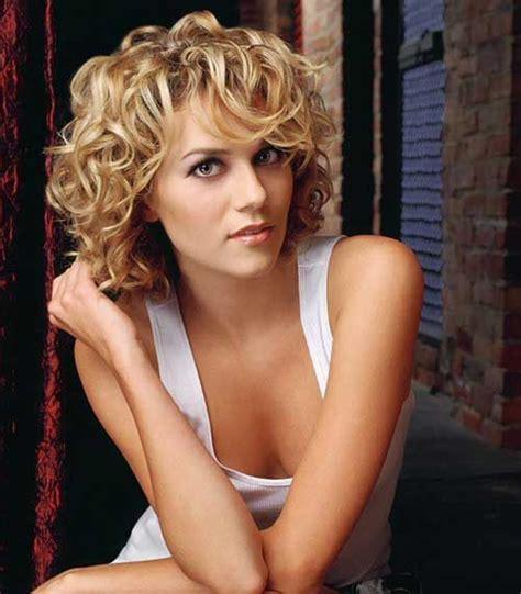3 layer curly best 25 layered curly hairstyles ideas on