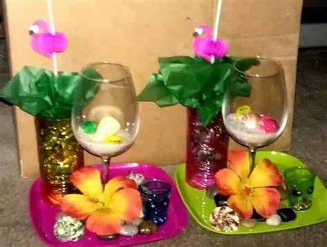 luau hawaiian theme centerpieces wedding favor ideas