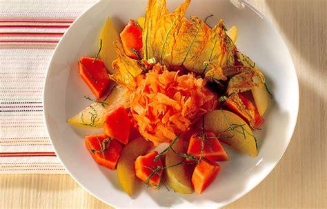 fiori di frutta ricetta fiori di zucca croccanti con frutta le ricette