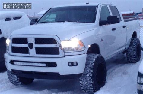 2014 Dodge Ram 2500 4WD Fuel Hostage 20x12  44