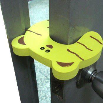 Safety Door Stopper Pengaman Pintu Anak Karakter Sk5 jual door stopper baby safety helper pengaman pintu untuk bayi www baranguniktermurah