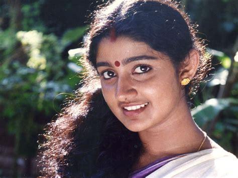 actress divya unni latest photos divya unni sudhir shekharan divorce reason revealed