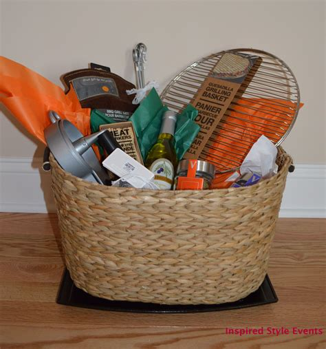 wedding gift basket ideas diy easy to put together a diy grilling theme bridal shower