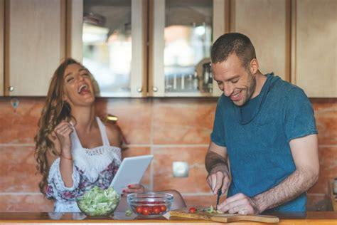 Date Zusammen Kochen by 50 Date Ideen Die Ihn Garantiert Beeindrucken Werden