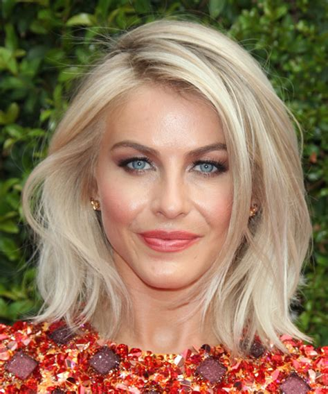 julianne hough shattered hair julianne hough medium wavy hairstyles and light blonde on