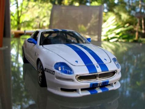 Miniatur Mobil Ferarry California Burago jual diecast miniatur mobil sport dan klasik juli 2013