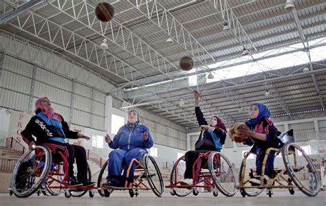 Kursi Roda Wilayah Kediri bola basket kursi roda menyembuhkan atlet shareamerica