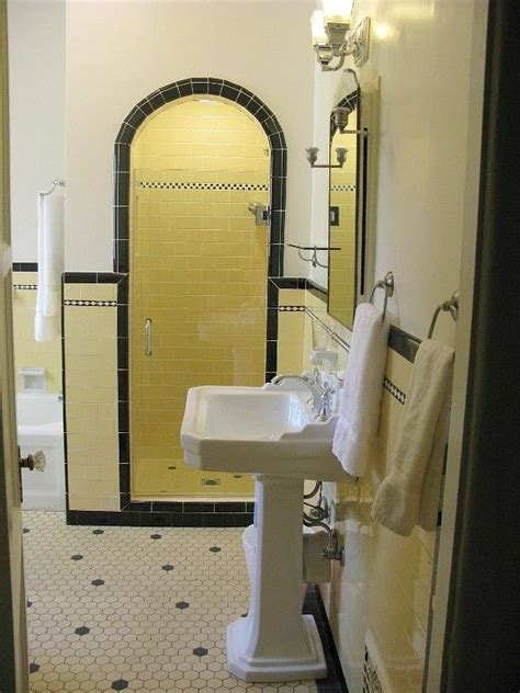 bathroom stall in spanish 17 best ideas about 1930s bathroom on pinterest 1930s