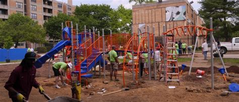Potomac Gardens Dc by Potomac Gardens Gets New Playground At Last