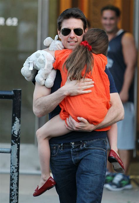 tom cruise and suri 2016 reports tom cruise hasn t seen daughter suri cruise in 3