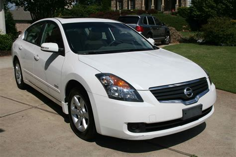 2007 Nissan Altima Reviews by 2006 Nissan Altima Hybrid Review