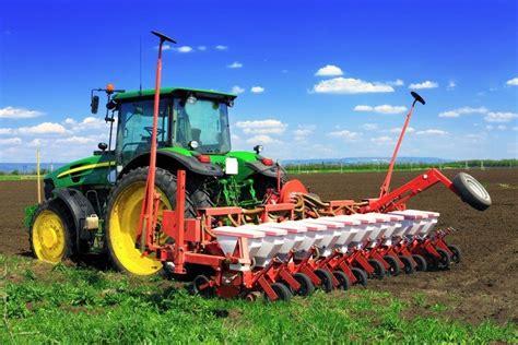 si鑒e cr馘it agricole macchine agricole arco s r l