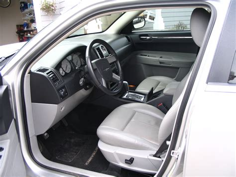 2007 chrysler 300 interior pictures cargurus