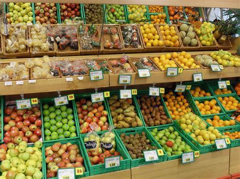 banchi frutta non esistono pi 249 le mezze stagioni parlandosparlando