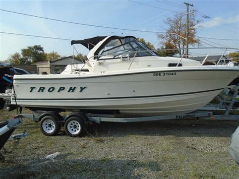 used trophy boats ontario bayliner 2509 trophy 2000 used boat for sale in port