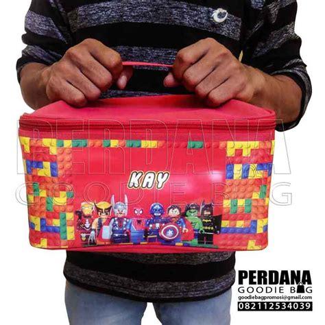 Tempat Tas tas tempat makan untuk souvenir ultah pesanan klien di