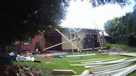 youtube schuur bouwen schuurtje bouwen aan het tuinpad youtube
