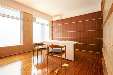 small office interior design by nelson resende