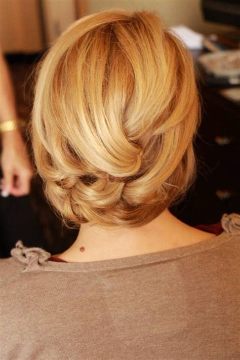 how to pin up medium length hair medium length hair updo fashion fun pinterest medium