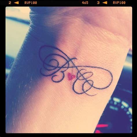 infinity tattoo boyfriend infinito iniciales y coraz 243 n tatuajes para mujeres