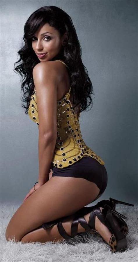 who is the hot black woman on liberty mutual commercials hot ebony ladies ebony babe roundbt pinterest