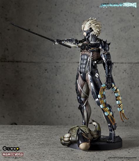 Raiden White Statue By Gecco gecco metal gear rising revengeance raiden