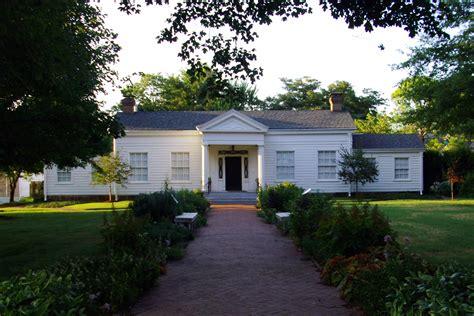 file headquarters house fayetteville arkansas jpg