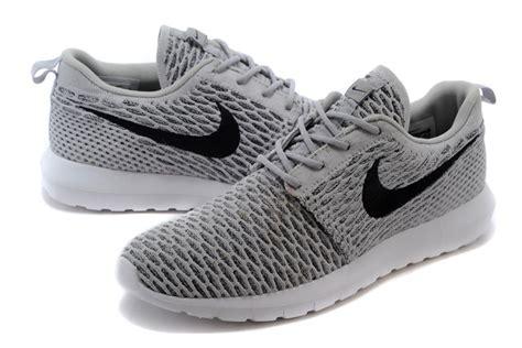 Best Seller Nike Flyknit Racer Platinumgrey Sneakers Pria Sepatu nike roshe run flyknit s grey shoes