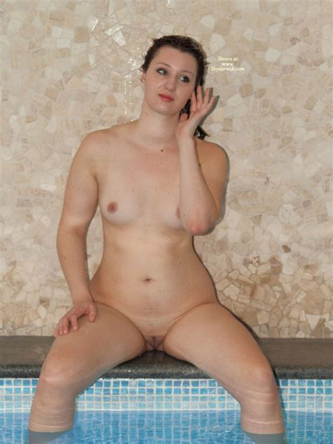 Sitting Naked On Hot Tub May 2010 Voyeur Web Hall Of Fame