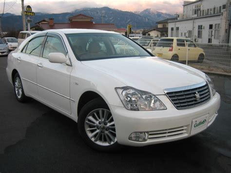 Crown Motors Toyota Toyota Crown Royal Picture 3 Reviews News