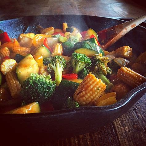 Detox Recipes Stir Fry by Pioneer Made A Simple Veggie Stir Fry For