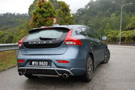 volvo c40 t5 test drive review volvo v40 t5 autofreaks