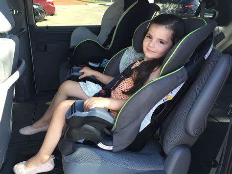 childs car booster seats forward facing car seats middlesex health unit