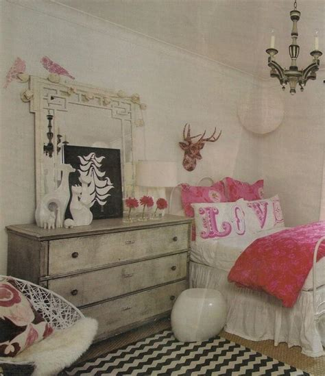 vikingwaterford com page 4 shabby chic teenage girl bedroom with white wooden headboard red pink black and white teen girls bedroom teen girl