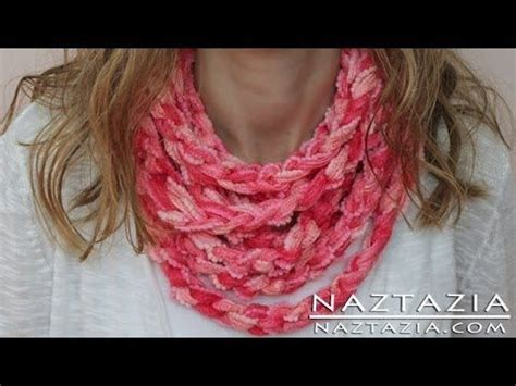 what to do with finger knitting chains learn how to make an easy infinity scarf loop cowl